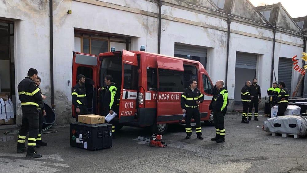 partenza terremoto albania vigili del fuoco pisa 1-2