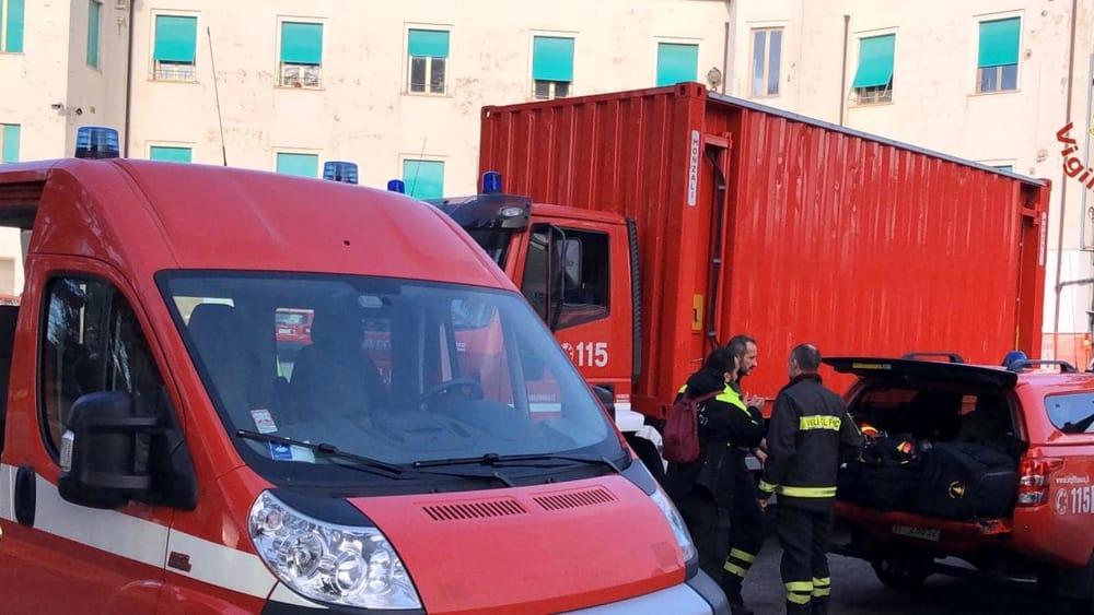 partenza terremoto albania vigili del fuoco pisa 3-2