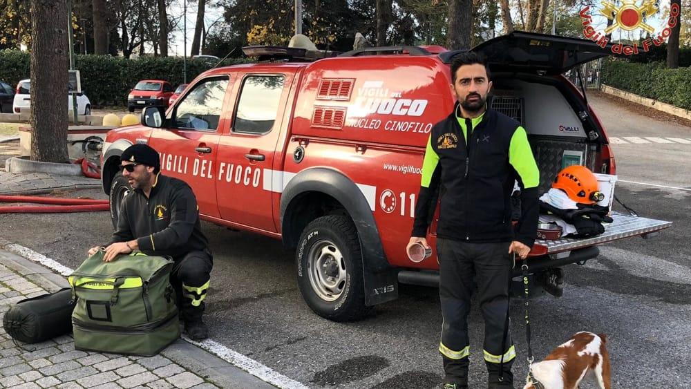partenza terremoto albania vigili del fuoco pisa 2-2