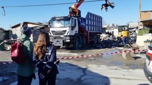 rimozione rifiuti campo rom ospedaletto-4