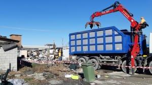 rimozione rifiuti campo rom ospedaletto-5
