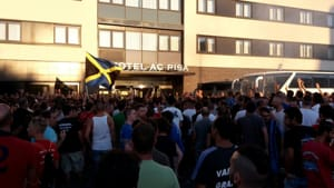 protesta tifosi pisa celta vigo 2-6
