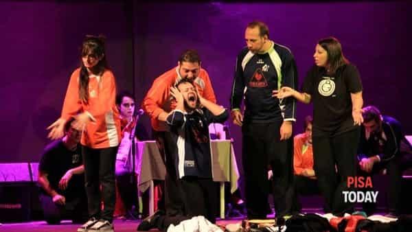 Fight club d'improvvisazione teatrale alla Festa dell'Unità