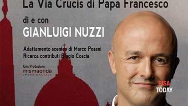 Gianluigi Nuzzi in 'Pecunia - la Via Crucis di Papa Francesco' a Ponsacco