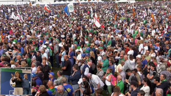L'intervento del sindaco di Pisa Michele Conti a Pontida