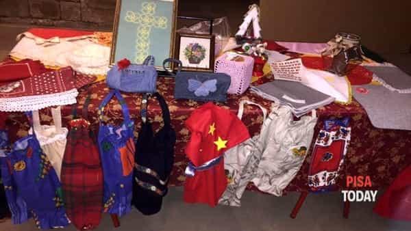 mercatino di natale nella cripta di san pierino a cura della compagnia di san ranieri-2