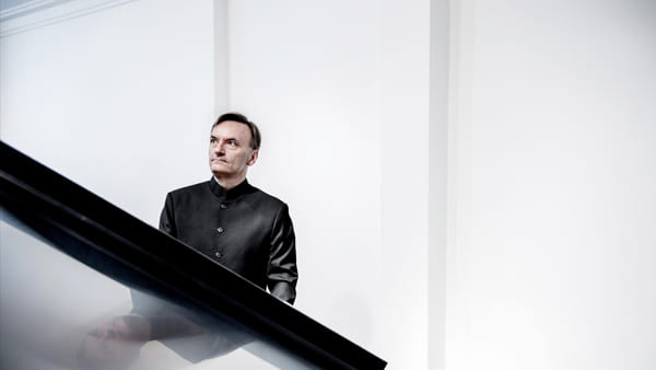 Anima Mundi: concerto di pianoforte di Stephen Hough
