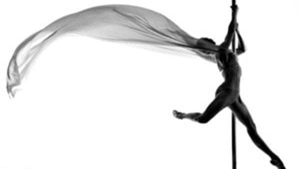 Workshop di Pole Dance con Elena Gibson