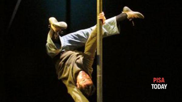 Walking on circus show: 'Cuore matto'