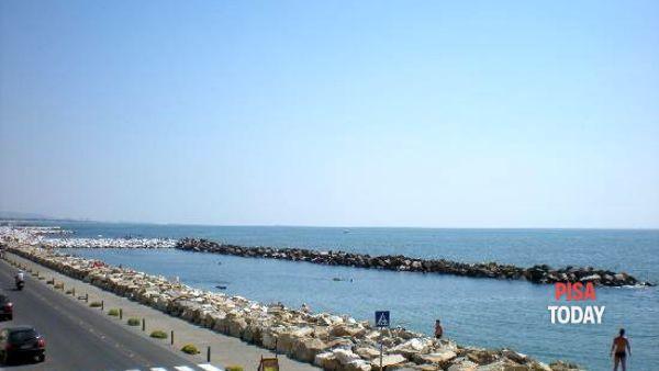 Mercatostraordinario sul lungomare di Marina di Pisa