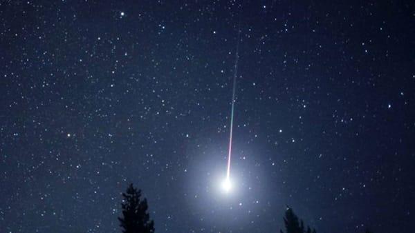 Stella Cadente Di Natale.Arriva La Cometa Di Natale