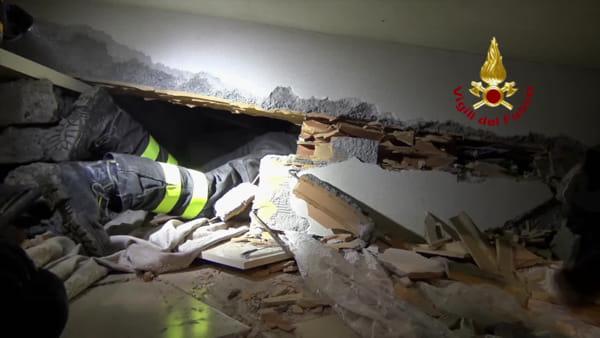 Terremoto in Albania: rientrano i Vigili del Fuoco toscani