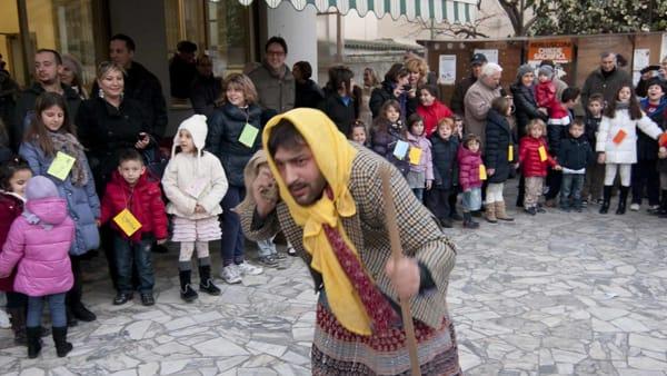 La Befana arriva nel quartiere di San Marco