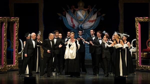 Cena e 'La vedova allegra' per Capodanno al Teatro Verdi