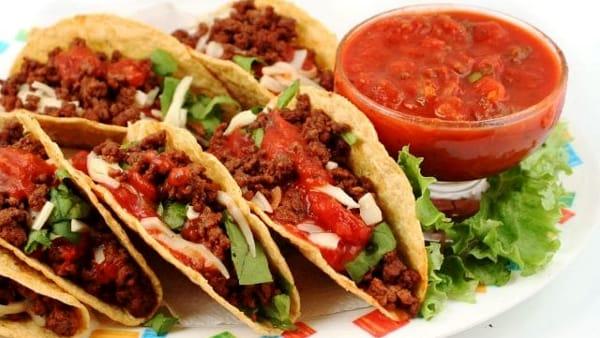 'El tenedor dorado': serata di cucina messicana