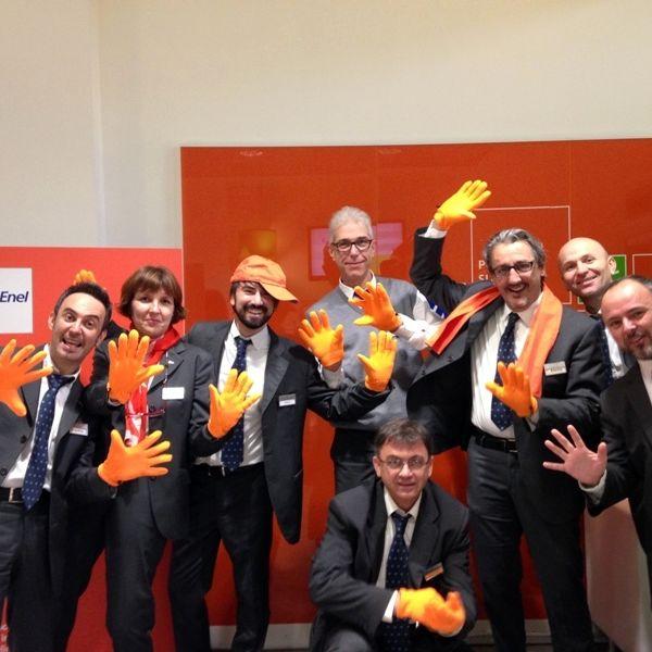 Successo per l'iniziativa del Punto Enel a Pisa contro la ...